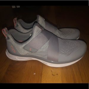 TIEM Cycling Shoes + Clips